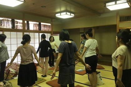 きたりんぱ 背面の復習、二の腕~ローズオイルを使ってみよう wasizaki  H28.7.15.2